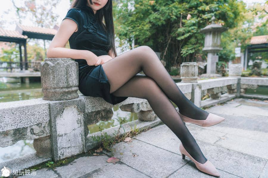 兔玩映画 黑色旗袍游园会 [40P421M]