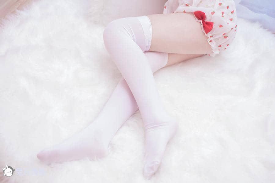 兔玩映画 草莓与恶魔女孩 [41P656M]