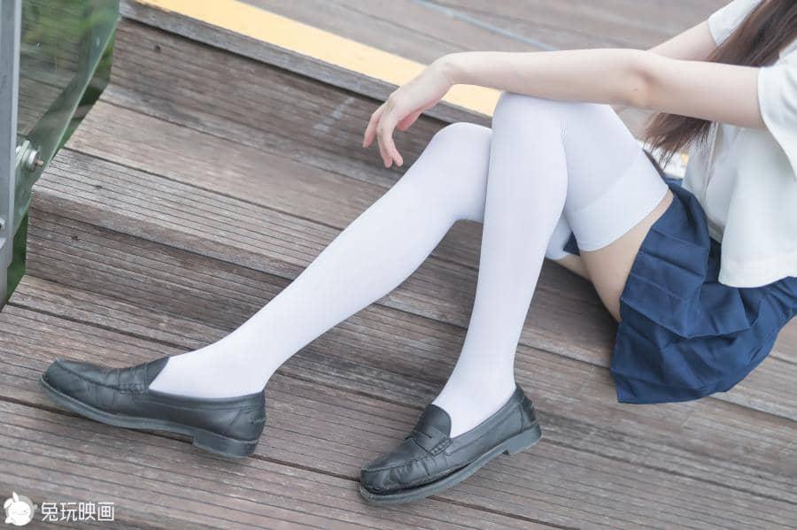 兔玩映画 白丝与细腿 [40P96M]