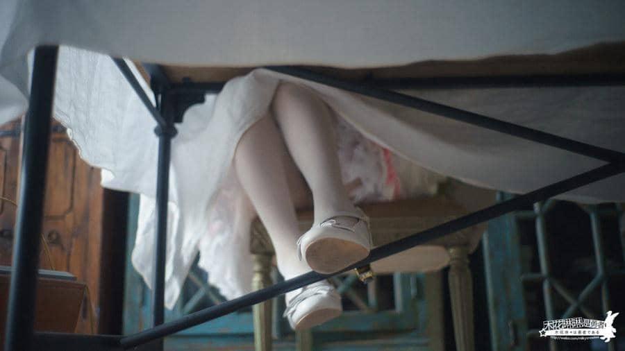 [木花琳琳是勇者] 桌下的极乐·第三季 [26P1V513M]