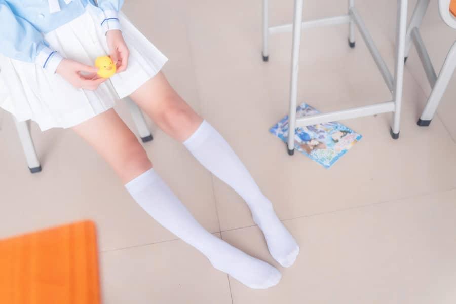 喵糖映画 VOL.009 小黄鸭与白丝 [43P601M]