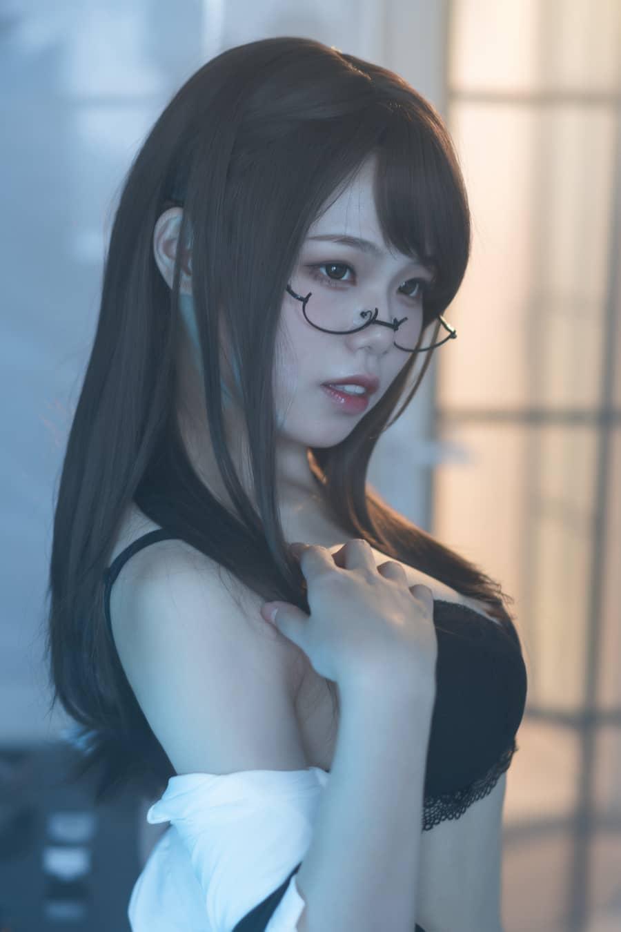 七月喵子 - 眼镜娘1号 [21P90M]