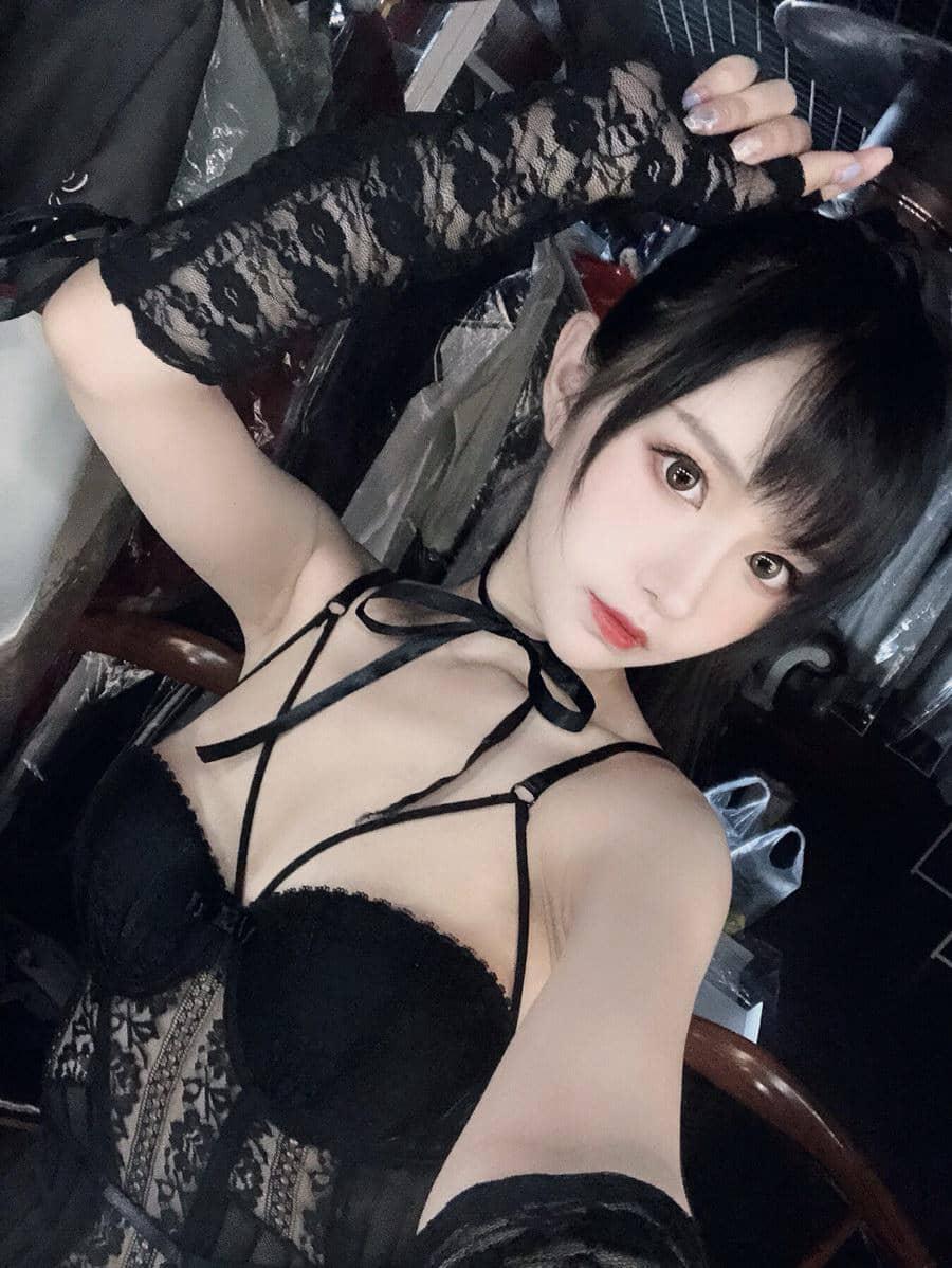 Shika小鹿鹿 - 妄想天国 逸仙 [21P3V25MB]