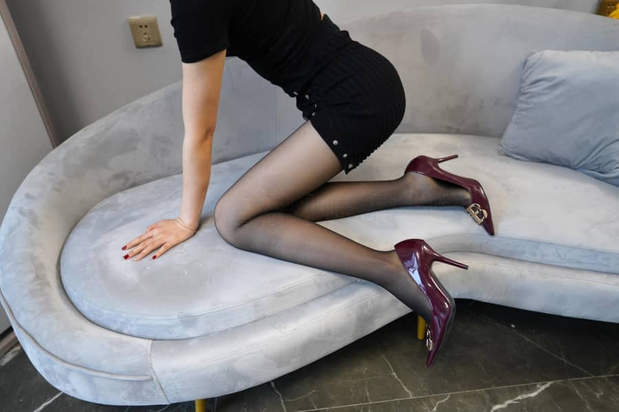 Kittywa袜小喵 NO.243 黑色紧身裙 [85P205M]