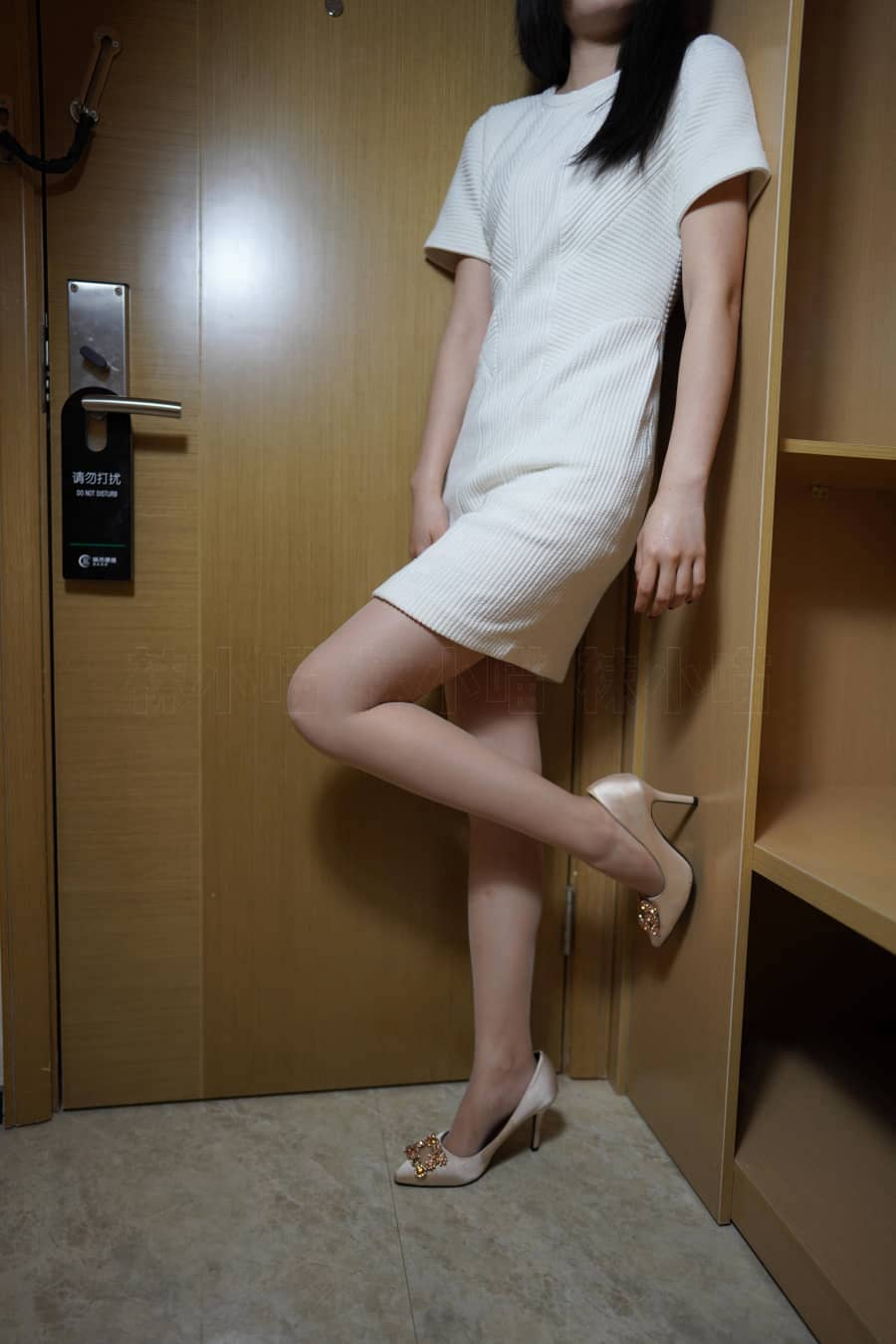 Kittywa袜小喵 NO.242 白色裙 [79P128M]